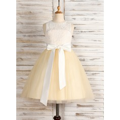 A-Line/Princess Knee-length Flower Girl Dress - Tulle/Lace Sleeveless Scoop Neck With Sash/Bow(s)
