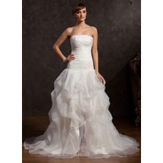 Ball-Gown Strapless Chapel Train Organza Prom Dress With Ruffle Beading Appliques Lace Split Front