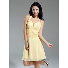A-Line/Princess Halter Knee-Length Chiffon Homecoming Dress With Ruffle Beading