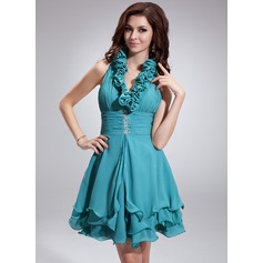 A-Line/Princess Halter Short/Mini Chiffon Homecoming Dress With Ruffle Beading Sequins
