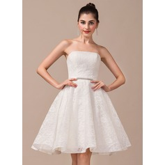 A-Line/Princess Strapless Knee-Length Lace Wedding Dress With Beading