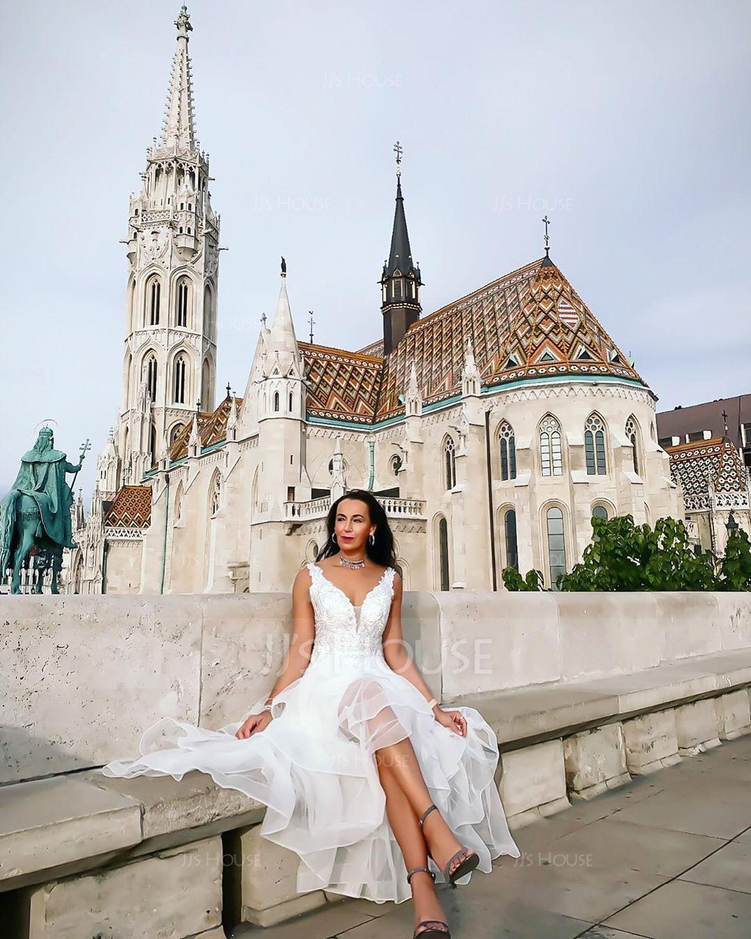 A-Line V-neck Asymmetrical Tulle Prom Dresses (018146368)