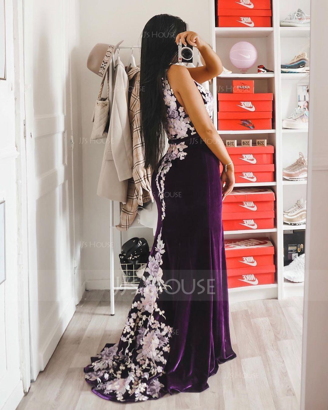 Trumpet/Mermaid V-neck Sweep Train Velvet Evening Dress (017147971)