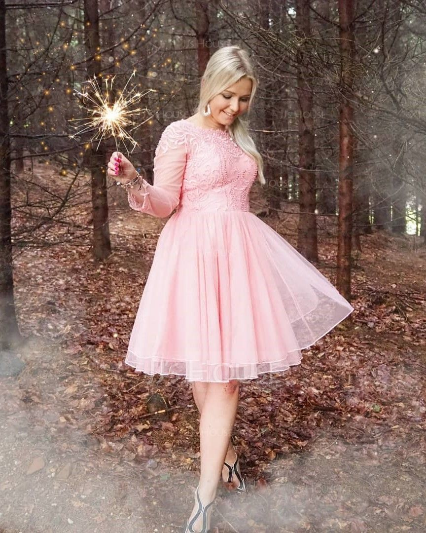 A-Line Scoop Neck Knee-Length Tulle Homecoming Dress With Beading (022120495)