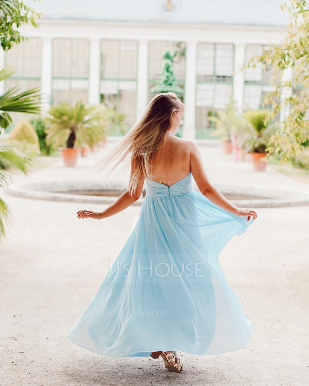 A-Line/Princess Halter Floor-Length Chiffon Bridesmaid Dress With Ruffle (007116633)