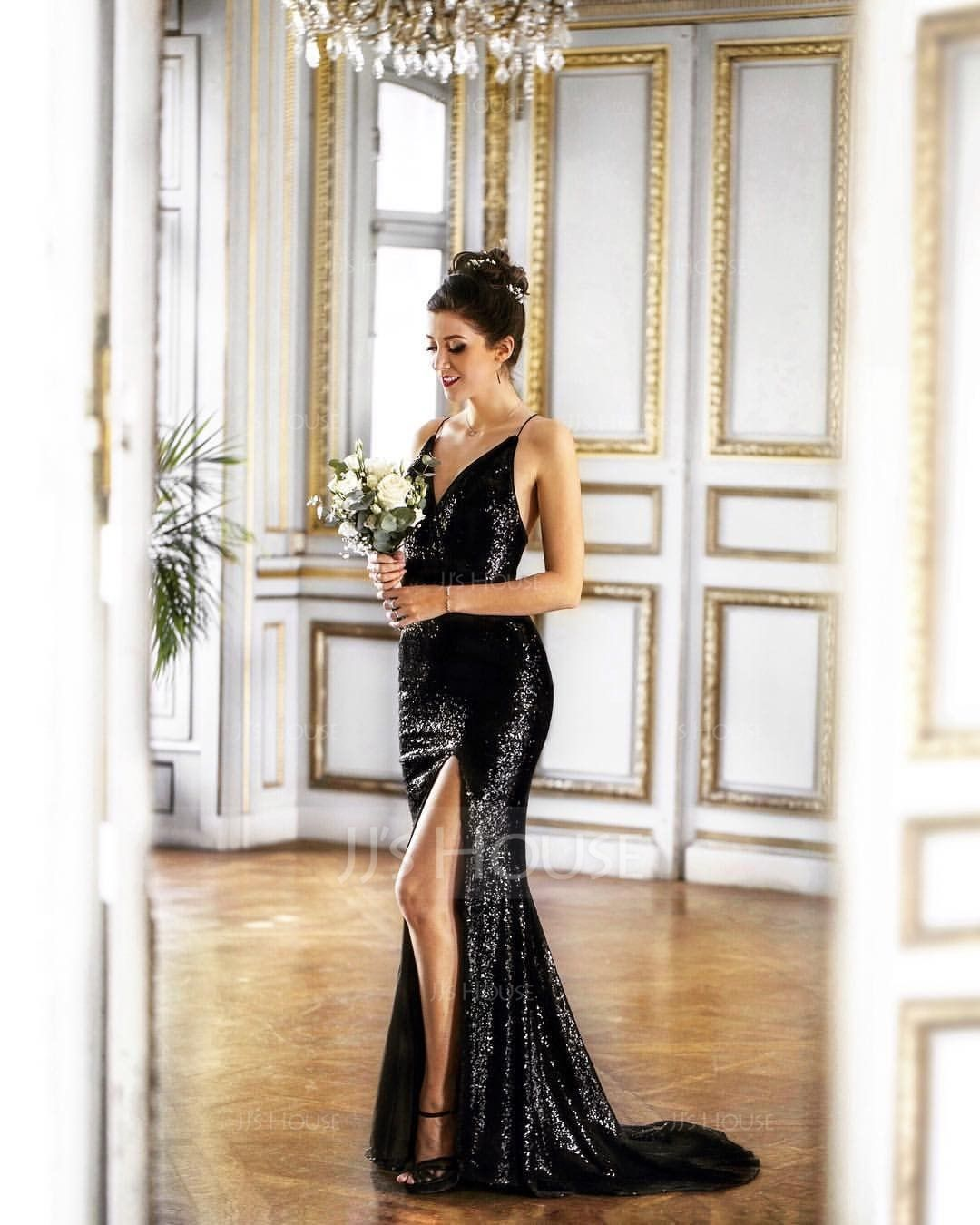 Sheath/Column V-neck Sweep Train Sequined Prom Dresses With Split Front (018110617)