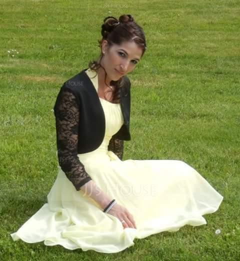 A-Line Halter Knee-Length Chiffon Homecoming Dress With Ruffle Bow(s) (022003360)