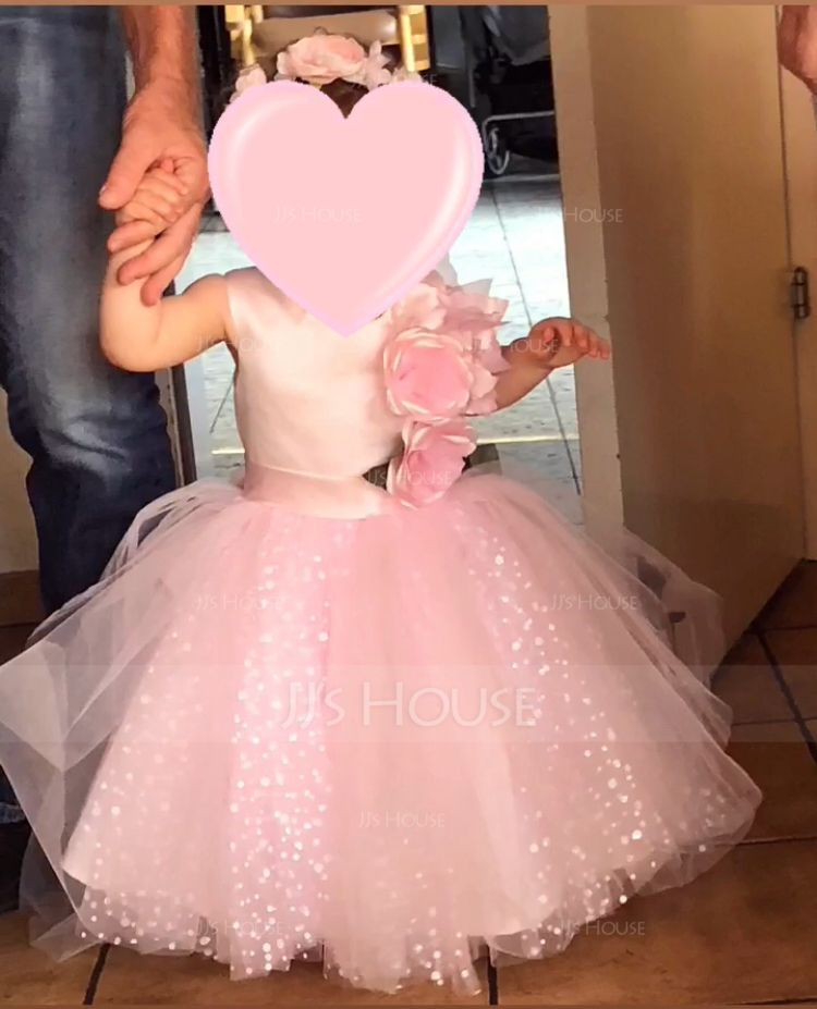A-Line/Princess Knee-length Flower Girl Dress - Satin/Tulle Sleeveless Scoop Neck With Flower(s) (010117701)