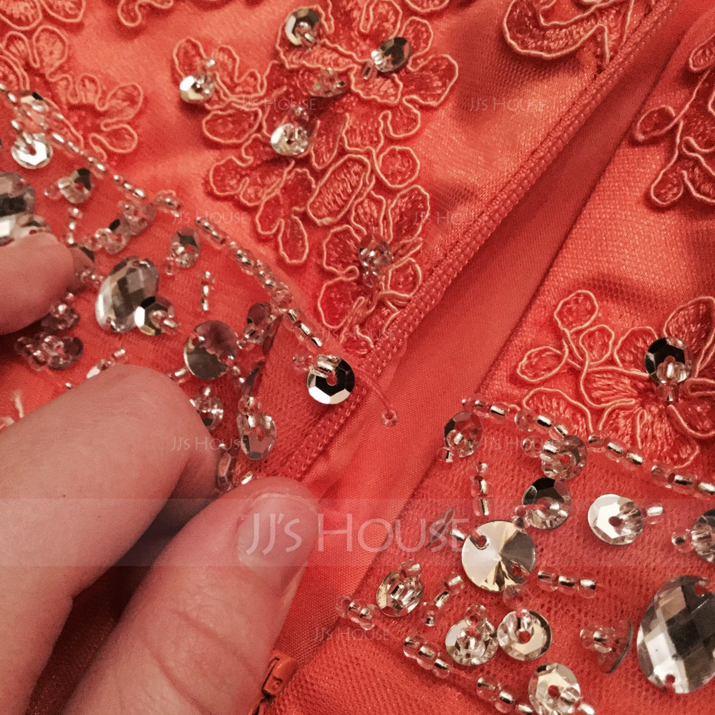 A-linje Halterneck Kort/Mini Tyl Blonder Homecoming Kjole med Perlebesat pailletter (022087602)