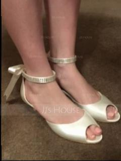 Women's Satin Kitten Heel Peep Toe Sandals With Crystal (047060111)